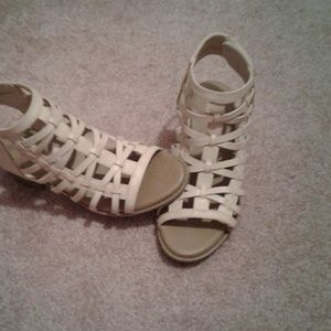 Size 4 kids high heels girl Mia